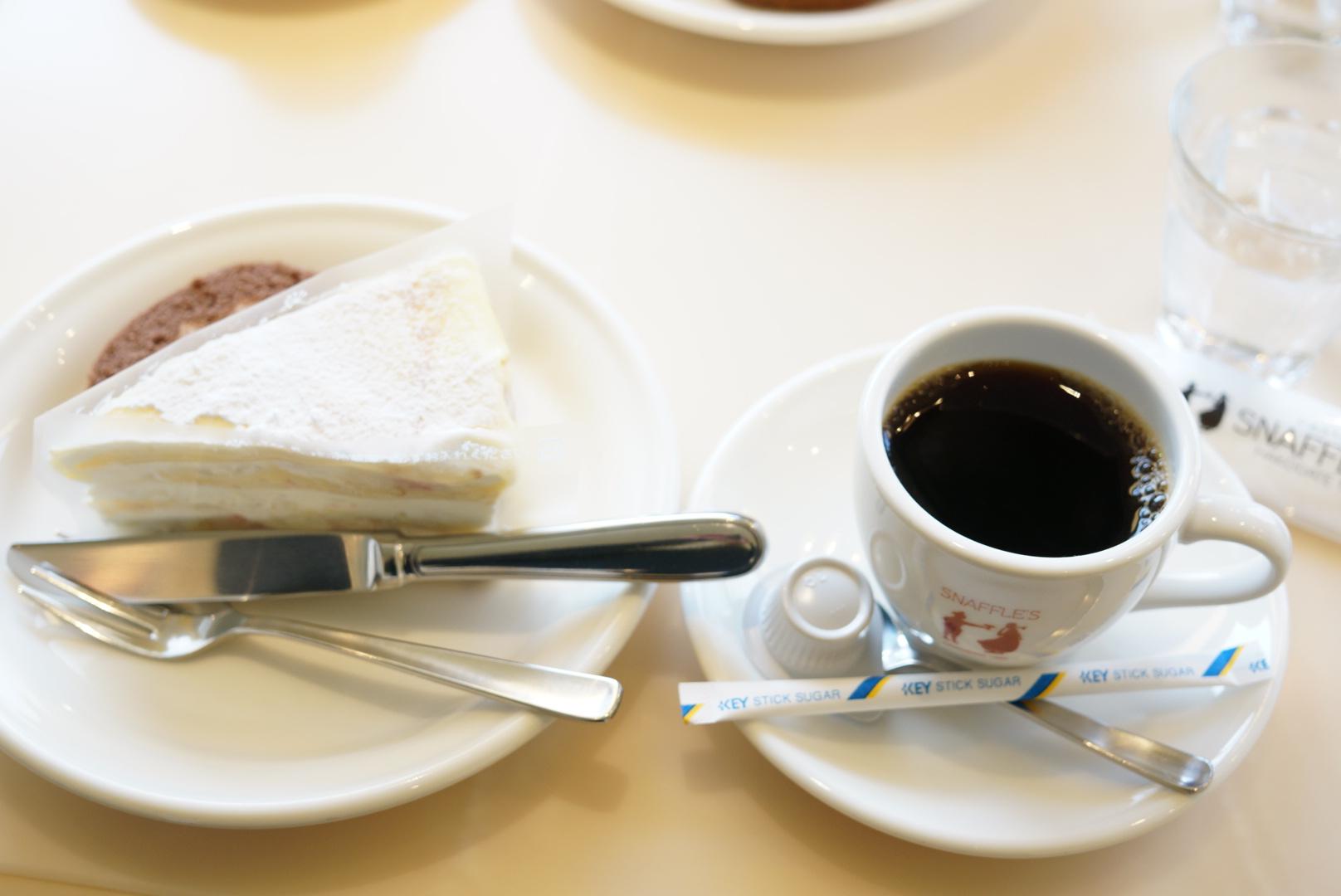 ペイストリースナッフルス駅前店のミルクレープ(北海道函館市)