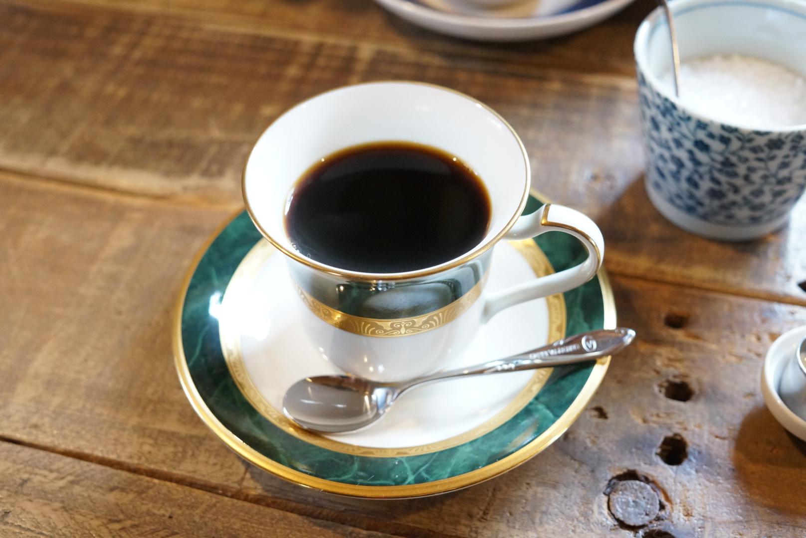 深煎り好きは箱館元町珈琲店のビターコーヒーを。(北海道函館市)