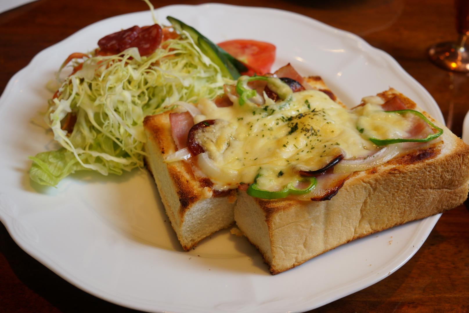 珈琲詩人のピザトースト(五所川原市)