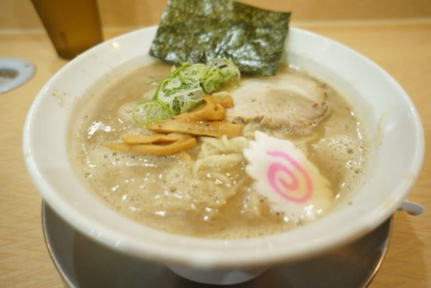 麺房十兵衛 藤崎店の特濃醤油