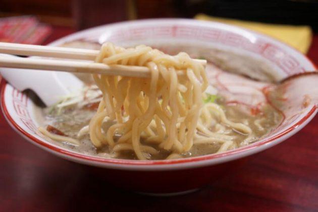 にぼshin.弘前店の極の麺リフト