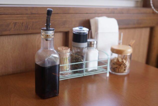 ステーキ食堂ミートソルジャーの卓上調味料