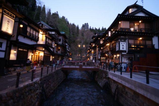 夜の銀山温泉の景色5