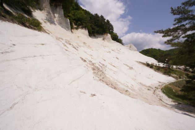 白岩森林公園の雪のような疑灰岩