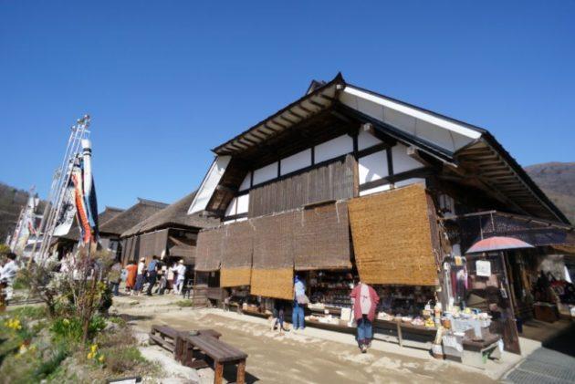 大内宿の茅葺き屋根3