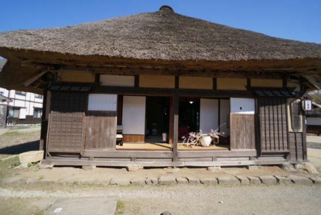 大内宿の茅葺屋根2