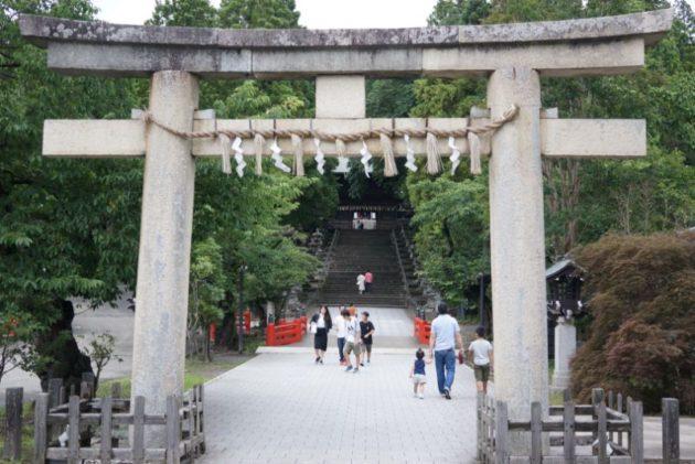 仙台東照宮の石の一之鳥居