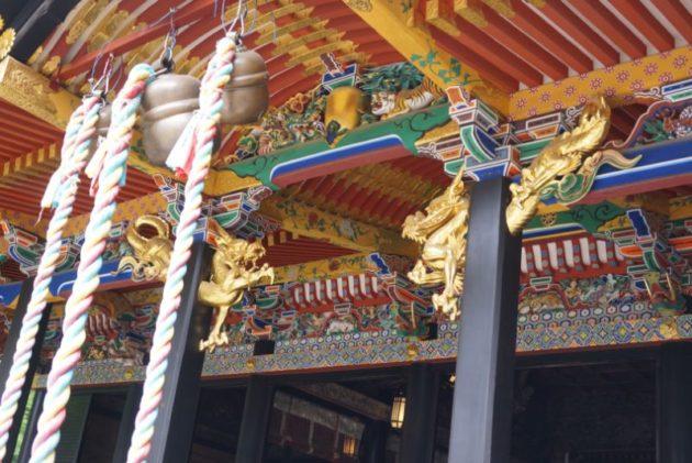 大崎八幡宮の御社殿は派手で豪華な造り