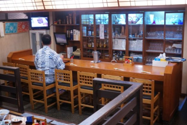 島の家の店内1