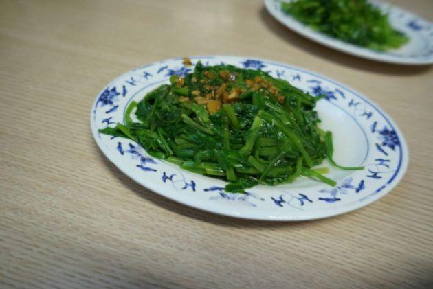 金峰魯肉飯の燙青菜 中30元