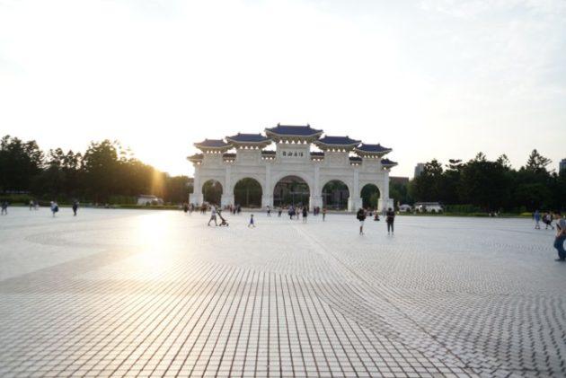 中正記念堂の正門