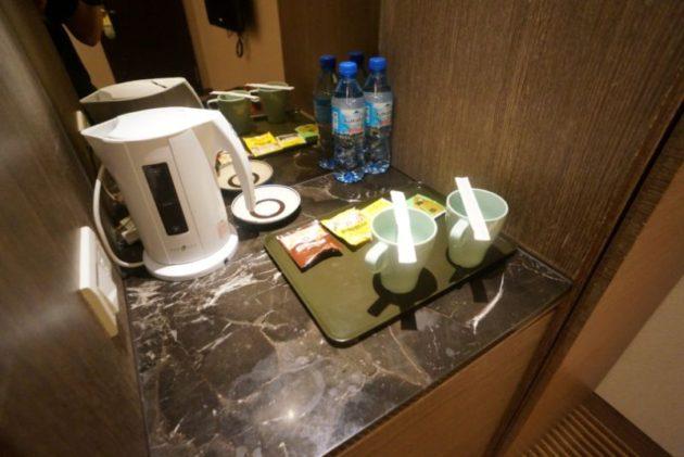ザ メトロホテル (豪爵大飯店)は毎日ペットボトルのお水がもらえます