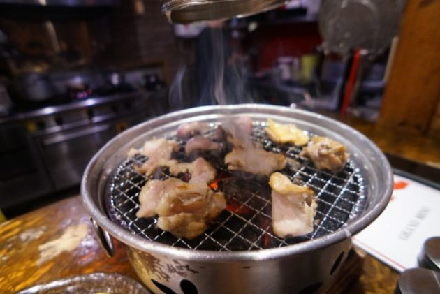 大衆鶏酒場 とりべえの鶏肉の焼き具合良い感じ