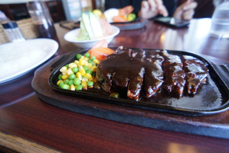 コーヒー&レストラン ポルシェは美味しい洋食をお腹いっぱい食べられる(五所川原市)