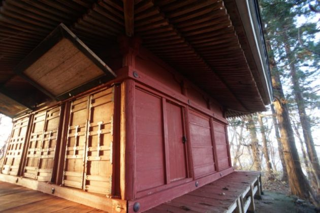 愛宕山橋雲寺奥の院趣がありますね