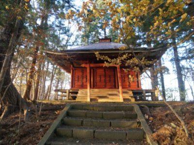 愛宕山橋雲寺の奥の院