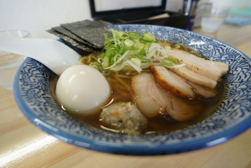 弘前市に移転オープンした麺処 駒繋で煮干しが香るラーメンを(弘前市)