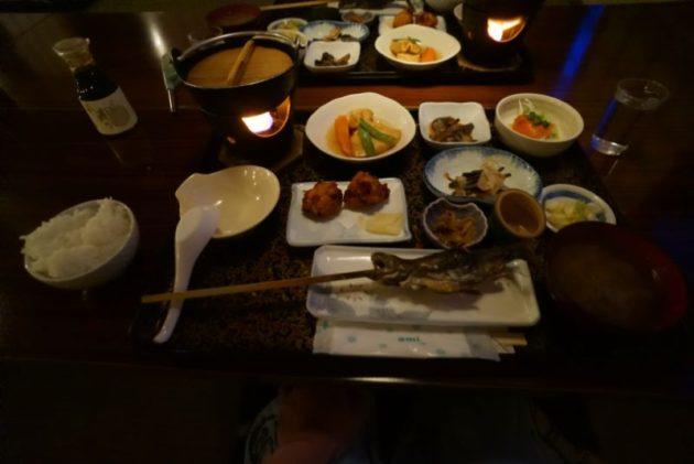青荷温泉の豪華な晩ご飯