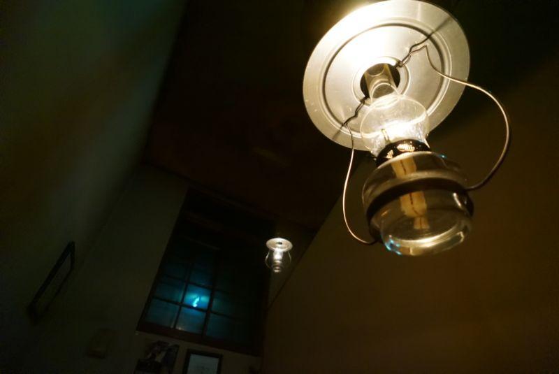 青荷温泉のランプは温かな明かりで癒されます