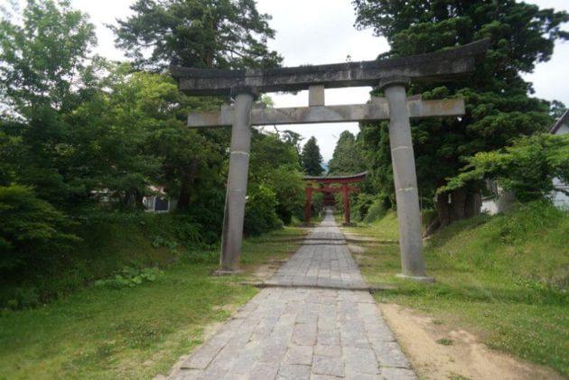 岩木山神社の二の鳥居