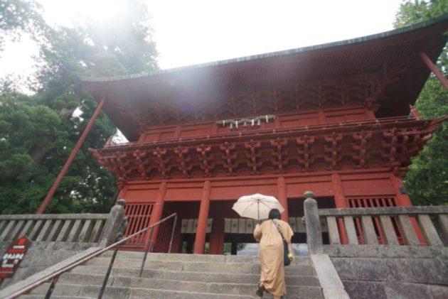 岩木山神社の楼門2