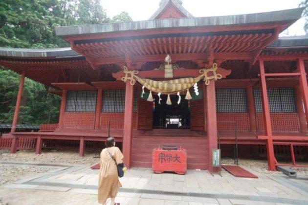 岩木山神社の社殿2