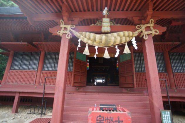 岩木山神社の社殿