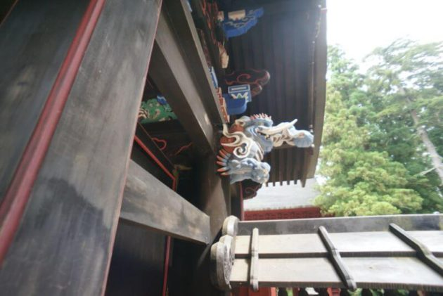 岩木山神社の中門の漠