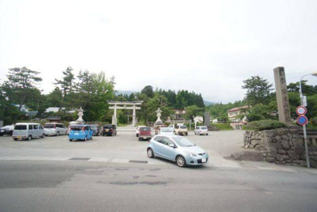 岩木山神社の駐車場
