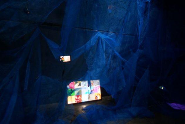 弘前れんが倉庫美術館のりんご宇宙展示16