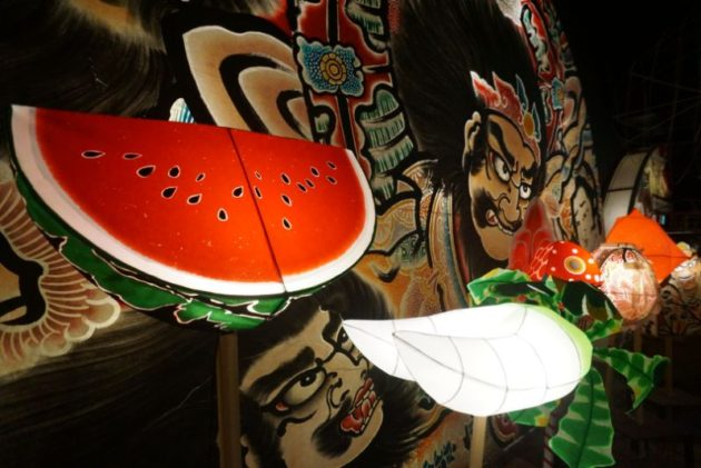 津軽藩ねぷた村の珍しいスイカのねぷた