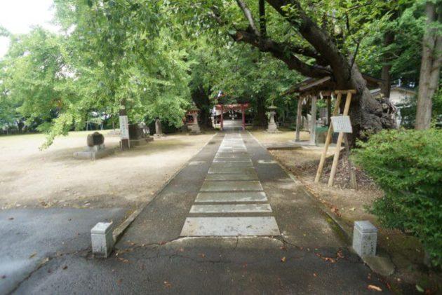 弘前天満宮の参道