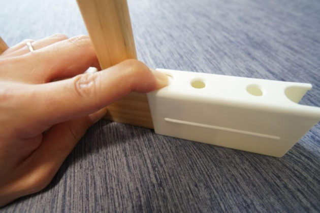 KATOJI木製ベビーサークルの取付方2
