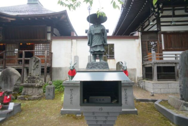 金剛山最勝院の弘法大師像